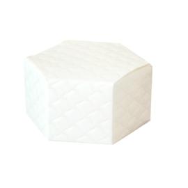 Egyszemes krém színű steppelt dobozka